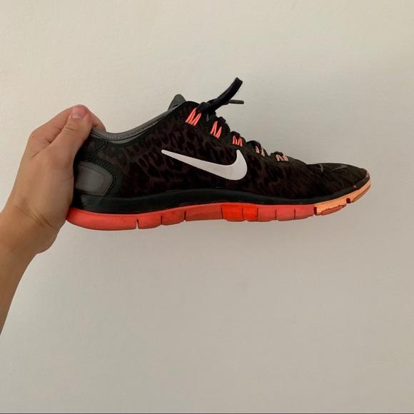 buy popular 00456 eab00 Nike Free Run TR